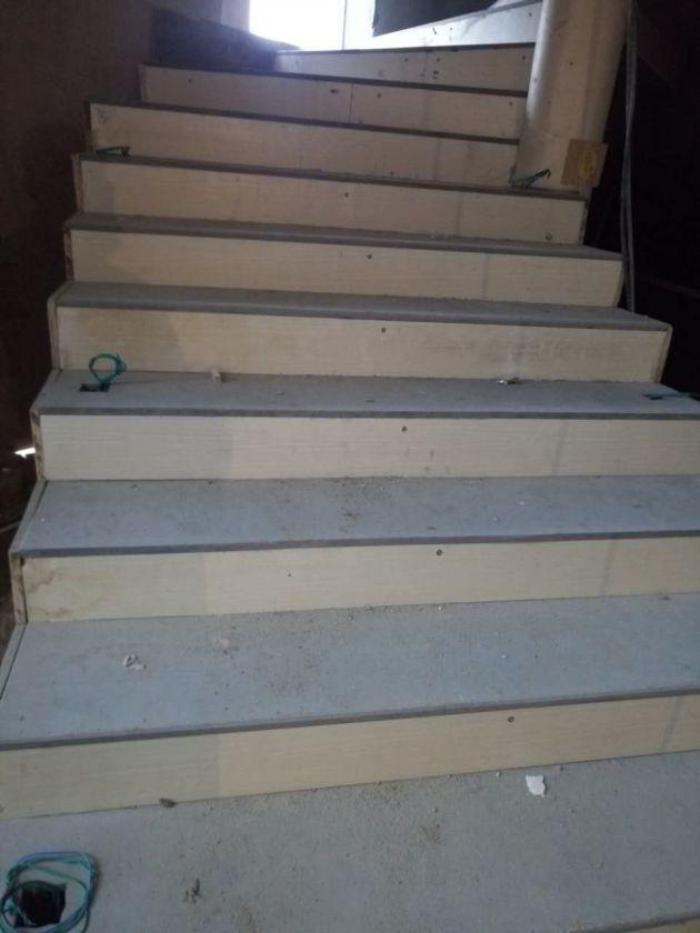 纤维水泥板做楼梯